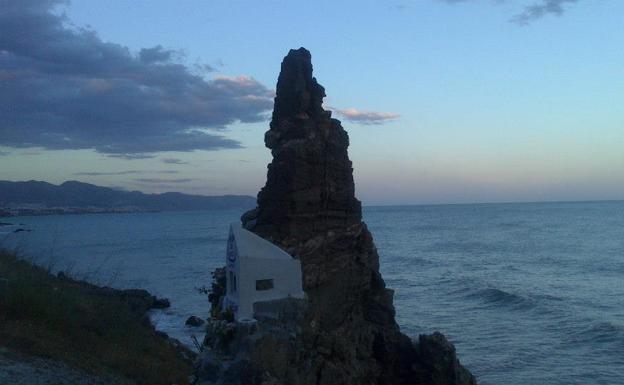 16 playas singulares de la costa malagueña | Diario Sur