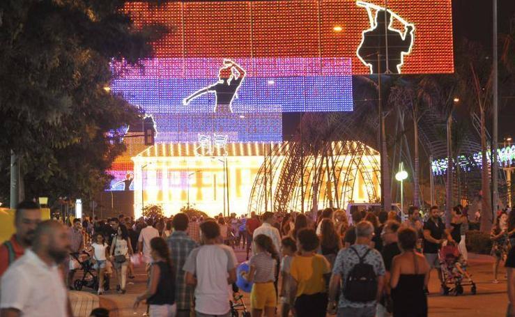 Fotos del ambiente en el Real de la Feria el jueves