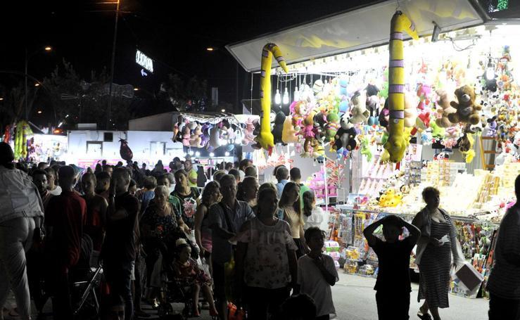 Las mejores fotos del viernes noche en el Real de la Feria de Málaga
