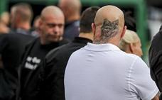 Medio millar de neonazis marchan en Berlín en memoria del secretario de Hitler