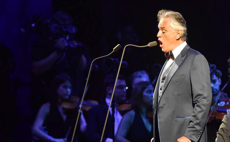 Andrea Bocelli despliega su voz en Starlite