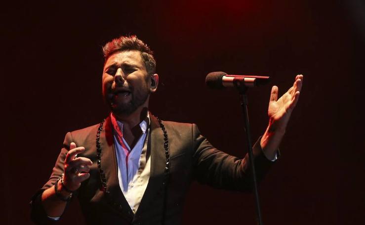 El concierto de Miguel Poveda, en imágenes