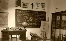 Polémica en Lucena por una agenda escolar que llevaba la imagen de Franco