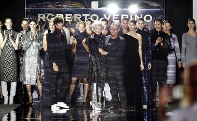 Con barriga y superados los 70: la mujer real abre Cibeles