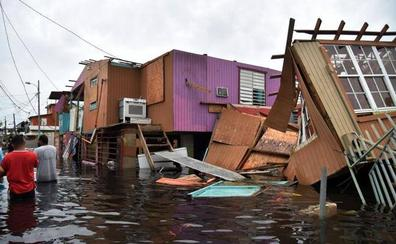 Al menos 13 muertos en Puerto Rico tras el paso del huracán María