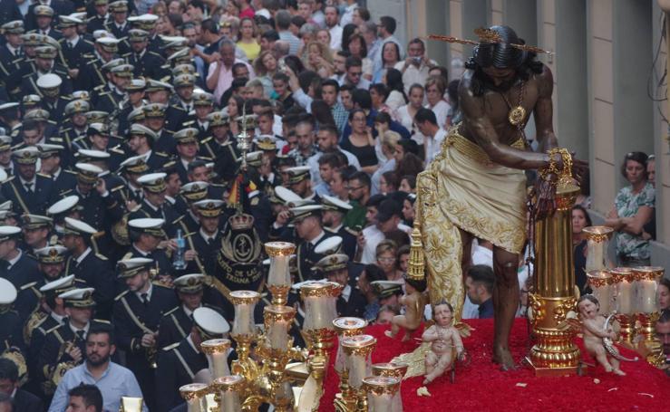 Así fue la salida del Cristo de los Gitanos por su 75 aniversario