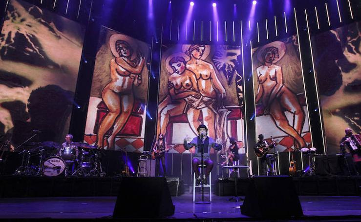 El concierto de Joaquín Sabina en Málaga, en imágenes