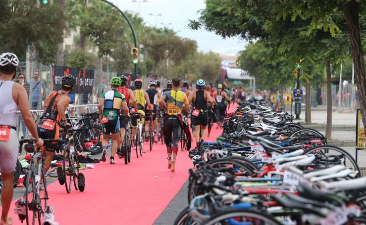 VIII Triatlón de Málaga, en fotos (I)