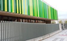 Un padre agrede a otro con un destornillador a la puerta de un colegio de Badajoz