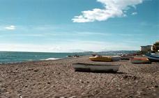 Vélez-Málaga recibirá 4 millones de la UE para regenerar una playa con escombros reciclados