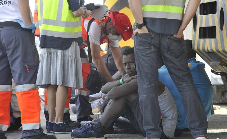 Llegan al puerto de Málaga 53 inmigrantes