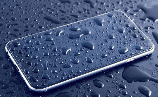 1504dcda9c2 Denuncian a Apple por su iPhone 8 «resistente al agua» | Diario Sur