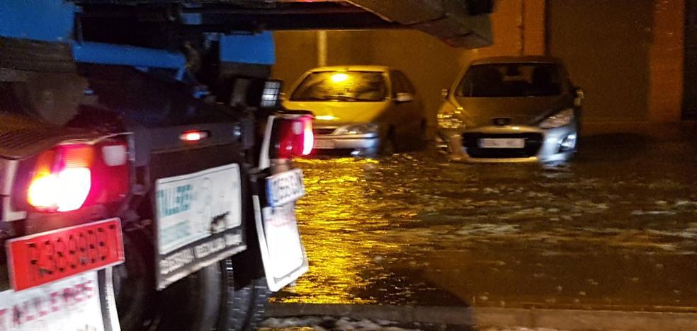 Vídeo | Balsas de agua en una calle del centro de Málaga