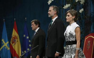 Canto a la poesía y al humor en los Princesa de Asturias