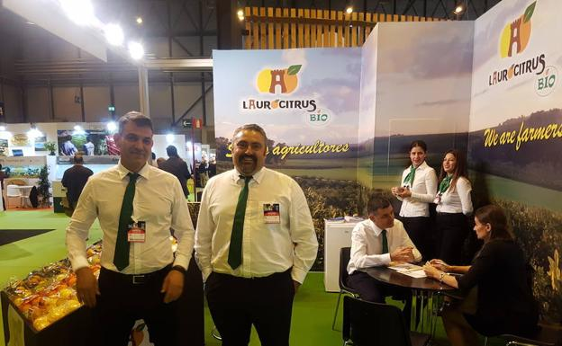 Laurocitrus Bio, una empresa familiar de Álora realiza interesantes contactos en Fruit Attraction