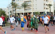Los Reyes Magos entrenan en Málaga con Zapas Solidarias