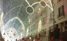 Vídeo: Así suena 'Christmas Festival' en el alumbrado de Navidad en Málaga 2017 (parte 2)
