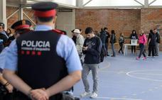 Un juzgado imputa desobediencia a cinco mossos por el 1-0