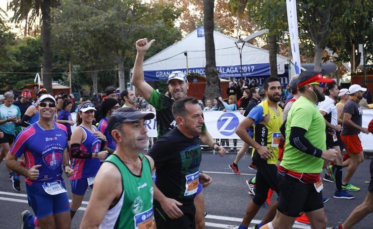 Las mejores imágenes del Zurich Maratón de Málaga 2017 (IV)