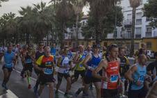 Directo | 3.400 corredores participan hoy en el Zurich Maratón de Málaga