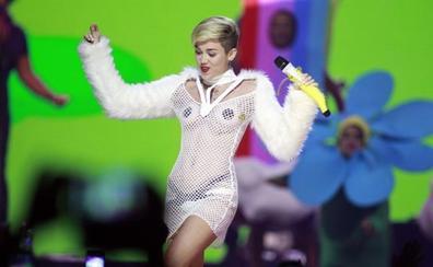 Las monjas que tejen para Miley Cyrus y Lady Gaga en España