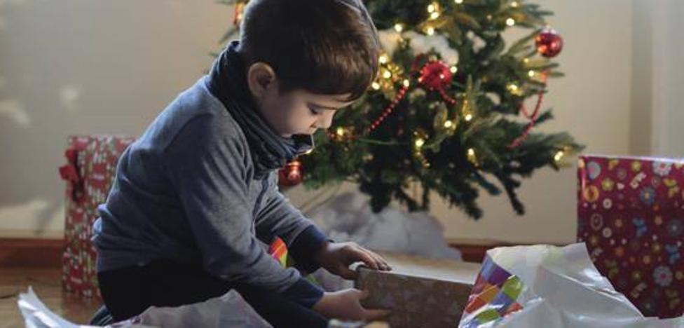 ¿Cuántos regalos debe recibir un niño en Navidad?