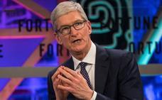 Apple obliga a Tim Cook a viajar en avión privado y casi duplica su sueldo