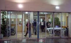 Investigan la muerte de una mujer tras pasar doce horas en Urgencias