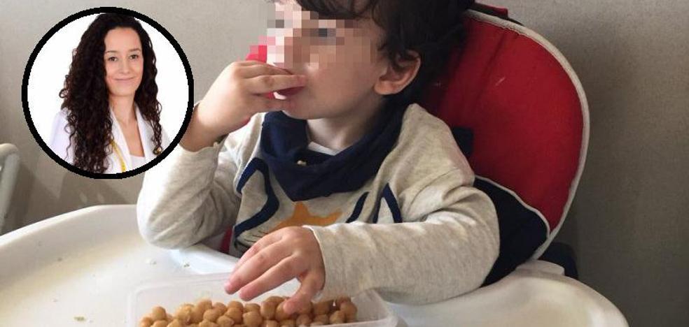 Productos prohibidos en casa de la madre que da de desayunar garbanzos a su hijo