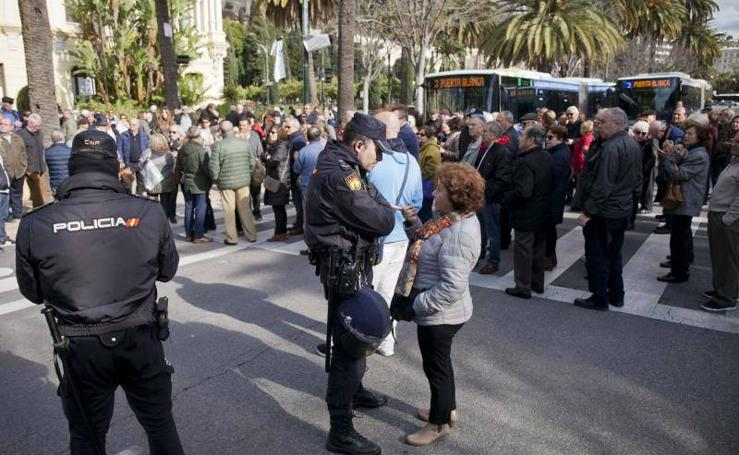 Fotos de la protesta de jubilados en el Parque por las pensiones