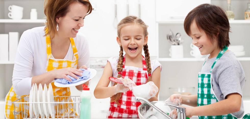 Tabla de las tareas de casa que puede asumir tu hijo según su edad