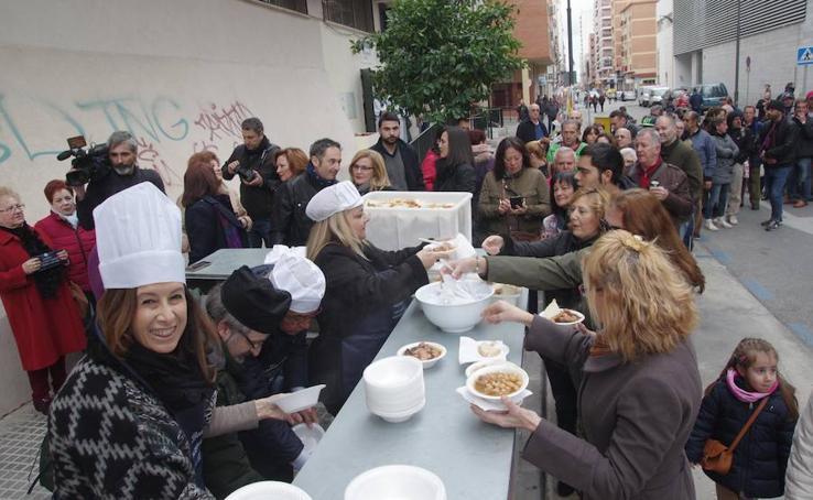 El potaje perchelero del Carnaval de Málaga 2018, en fotos