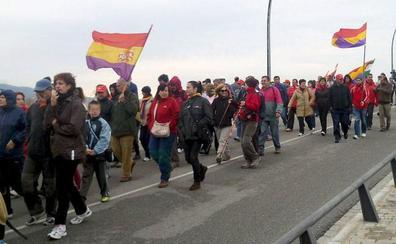 Vélez-Málaga acoge el homenaje a las víctimas y supervivientes de La Desbandá