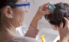 ¿Están las farmacéuticas detrás de una supuesta oleada de piojos en los colegios?
