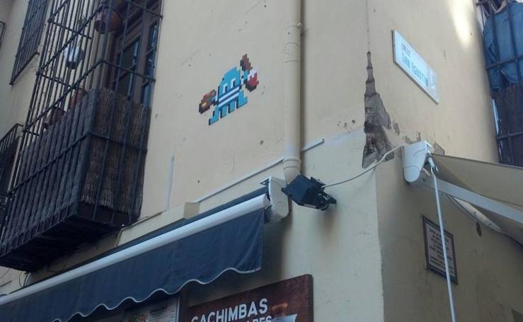 La huella de Invader en Málaga, en fotos