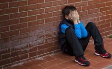 Siete errores que cometen los padres de niños introvertidos: esto es lo que debes evitar