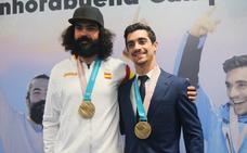 De jugar a la 'play' por Internet a compartir la gloria olímpica