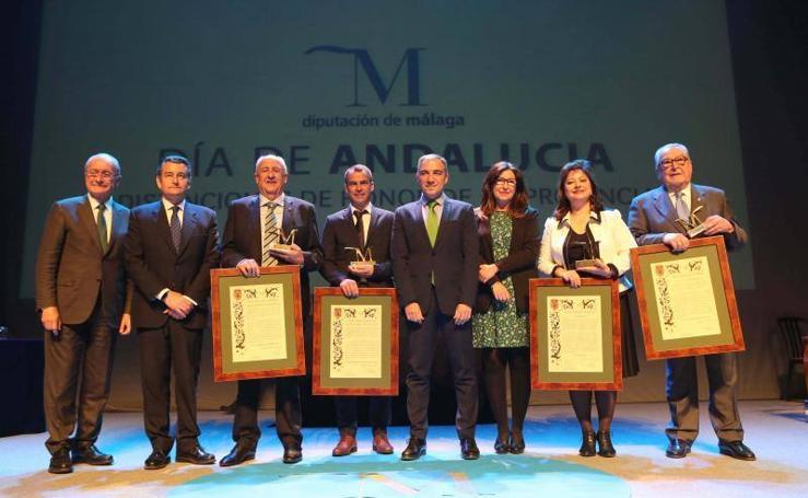 Fotos de la entrega de los premios 'M de Málaga' de la Diputación con motivo del Día de Andalucía