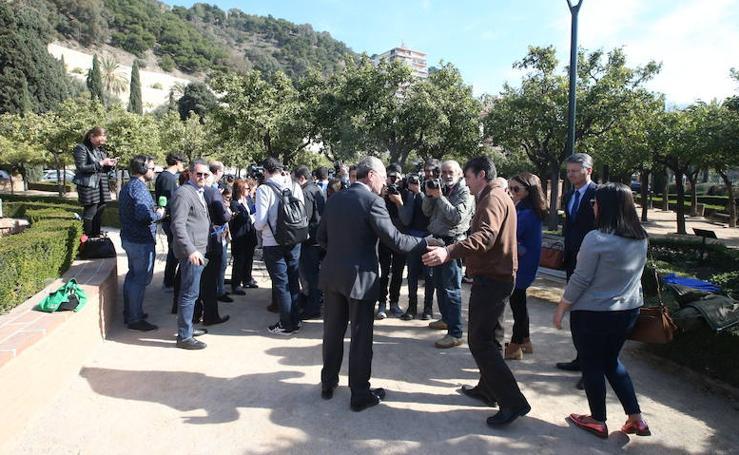 En fotos, la comparecencia de De la Torre ante los medios para confirmar que repetirá como candidato a la Alcaldía de Málaga