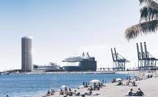 El consejero de Medio Ambiente defiende la gestión de la Junta en la torre del Puerto frente a las críticas de IU