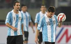 Messi, Higuaín, Di María y Agüero, contra España en el Metropolitano