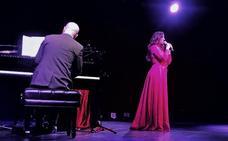 Diana Navarro canta una sentida saeta al Cautivo desde México