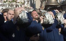 ¡Arriba con la tradición en el Jueves Santo de Málaga!