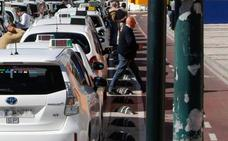 ¿Cuándo compensa coger un taxi en Málaga? ¿Y cuando un Cabify? La OCU responde