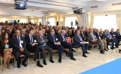 500 empresarios se unen para exigir a Fomento más inversión en el tren Bobadilla-Algeciras