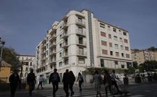 El pleno aprueba solicitar a la Junta de Andalucía el derribo del Astoria