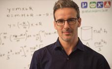 David Calle: «Los superhéroes dan mucho juego para explicar física»