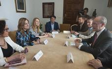 Salud y el Ayuntamiento de Málaga retoman la idea del nuevo hospital en los terrenos del Civil