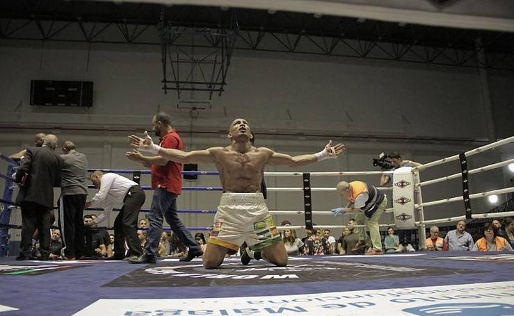 Fotos de la velada de boxeo en Málaga con el Campeonato Internacional IBF del peso supermedio en juego