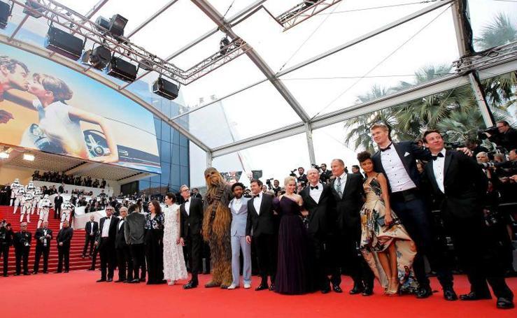La alfombra de Cannes, un festival de excentricidades en la presentación de 'Han Solo'